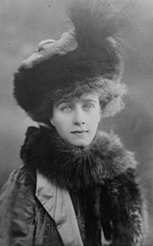Countess Beatrice Forbes 1910 Wikimedia - The Pentacles (Coins) in the Tarot