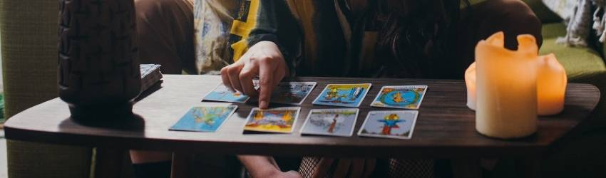 A Tarot Spread to Uncover When You Will Find Love